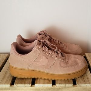 Nike Air Force 1 Low Particle Pink Gum sz 9.5